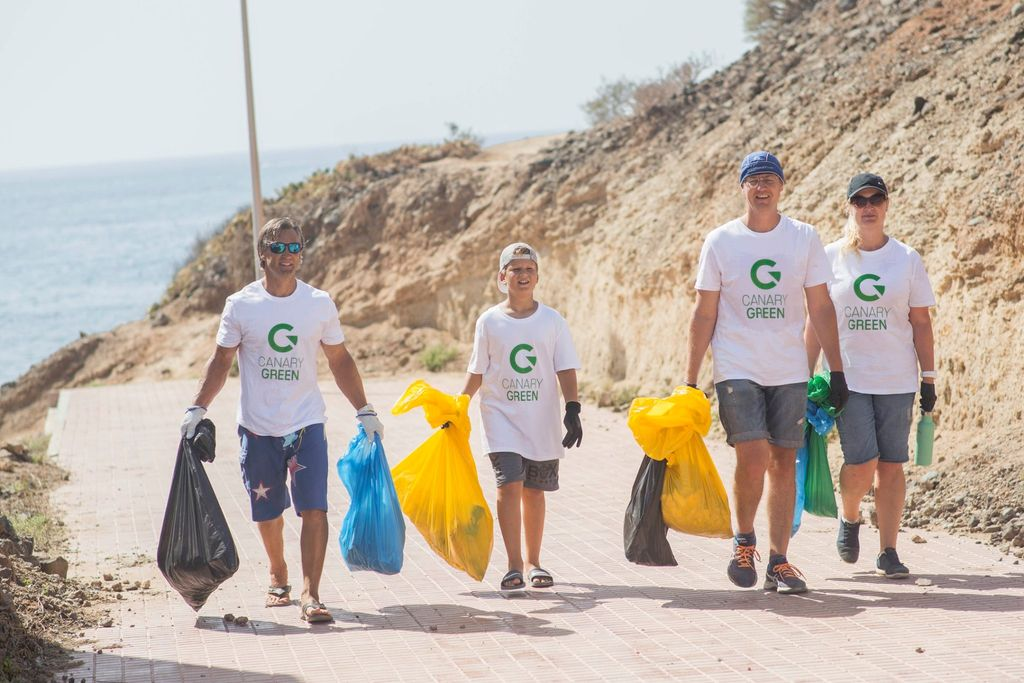 Canary Green Beach clean up7