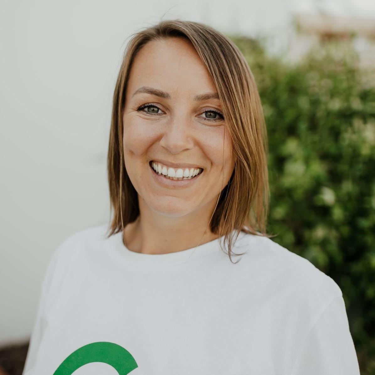 Andrea Endres Canary Green