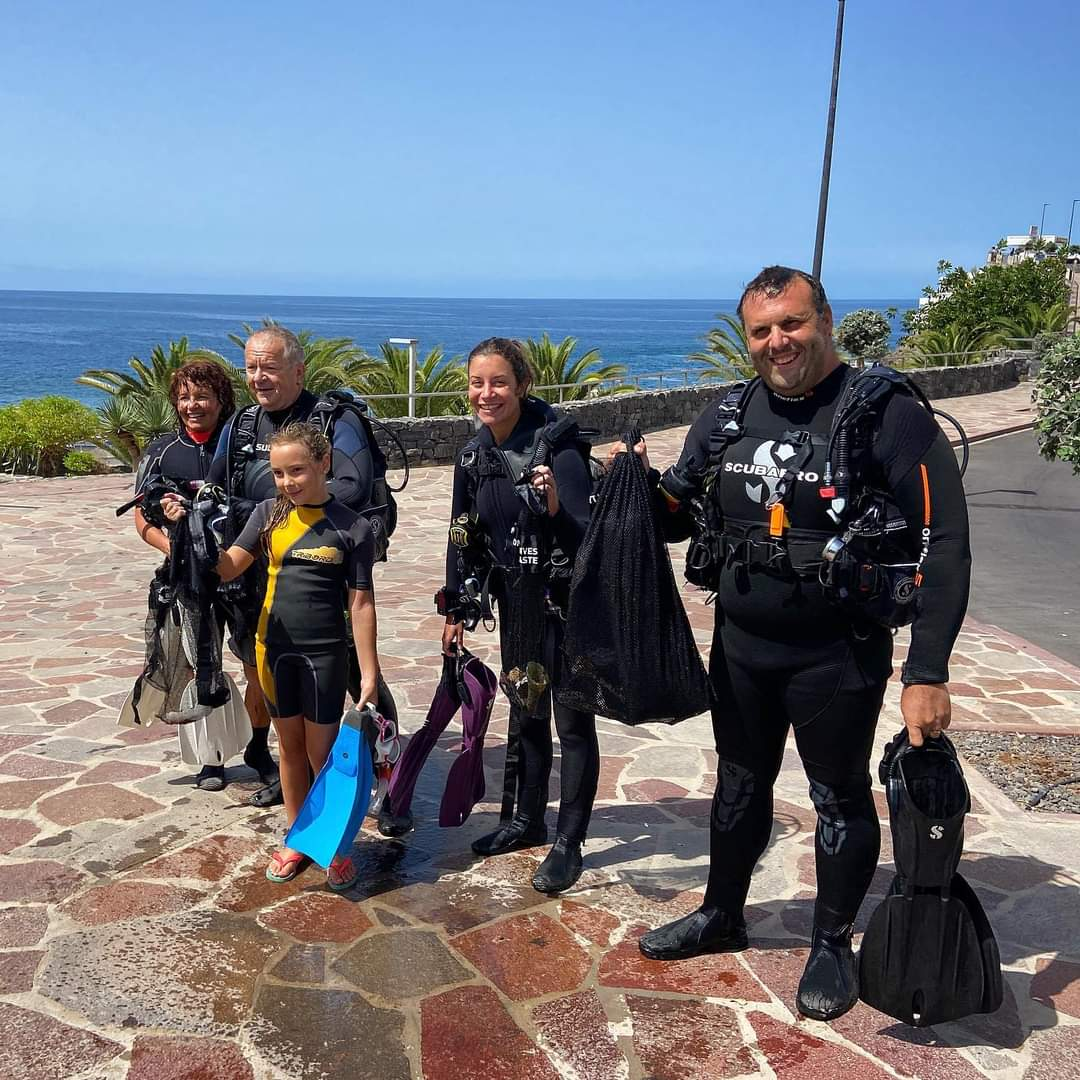 Paradise Divers after the action